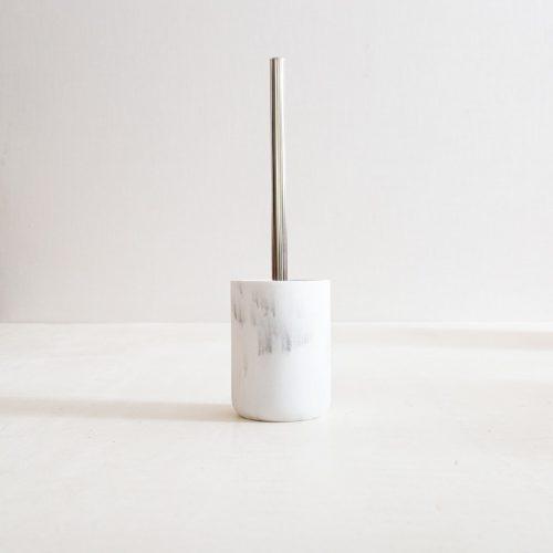 escobilla de baño de diseño
