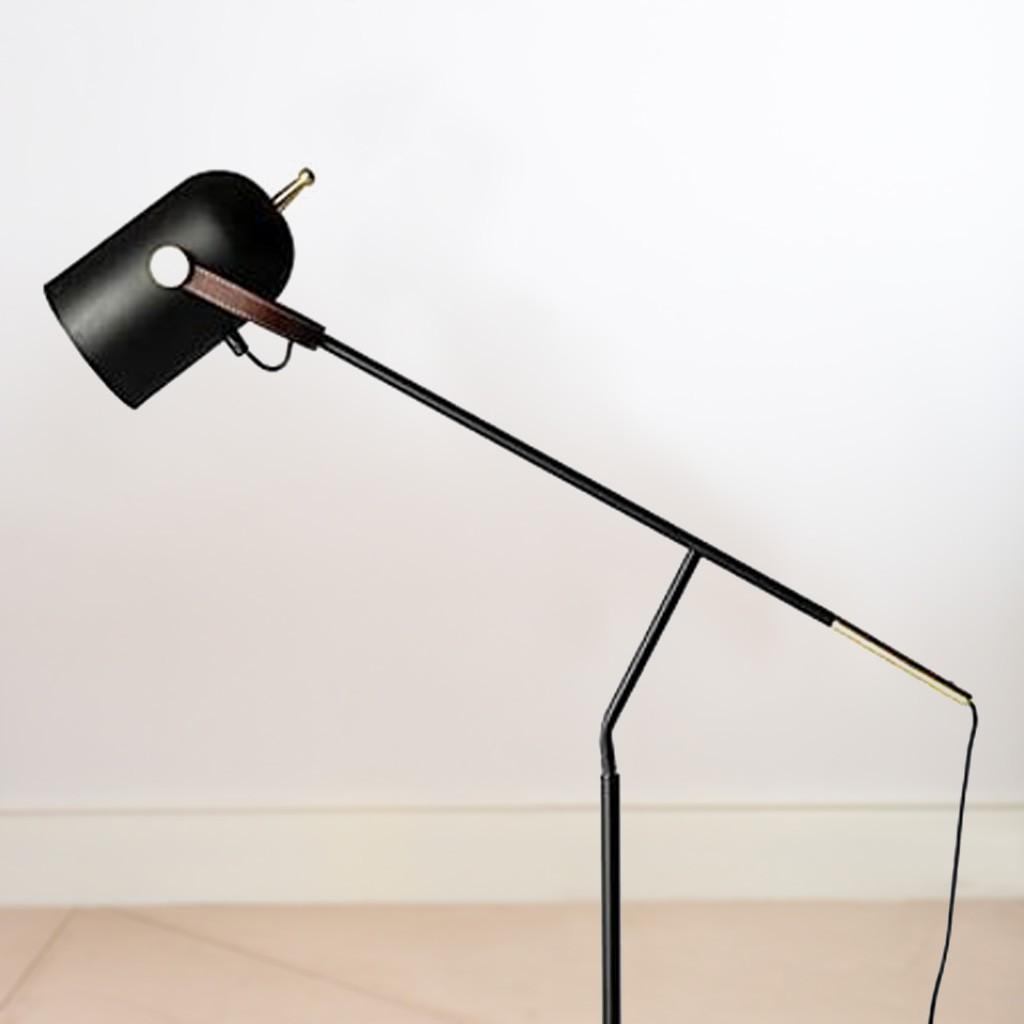 lampara pie negro